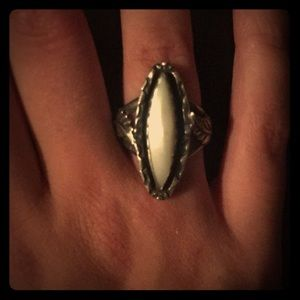 Antique ring size 5
